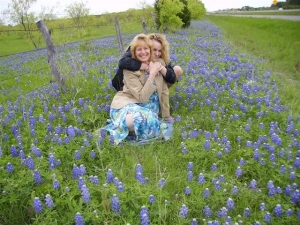 Author Margaret E. Reid and daughter Amy in Meg's Texas Blue Bonnets